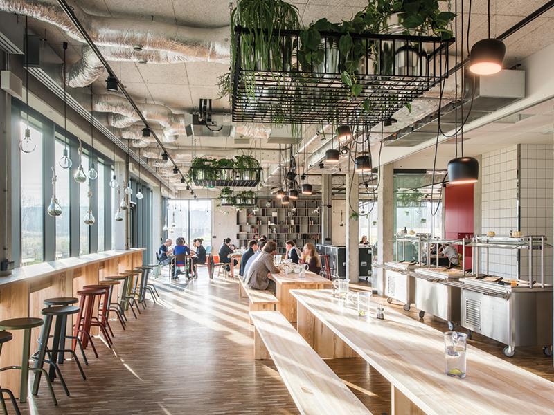 10 Phong cách thiết kế nội thất văn phòng đẹp nhất năm 2020