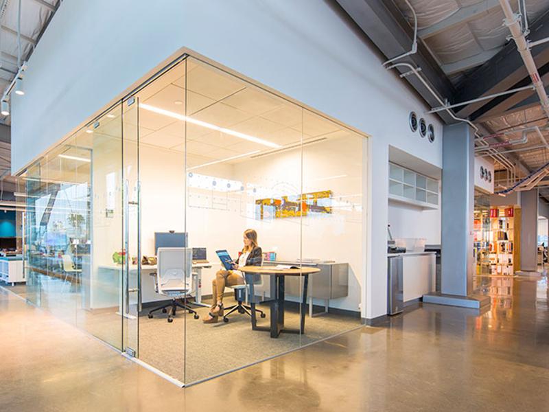 Nghệ thuật sử dụng ánh sáng trong thiết kế văn phòng
